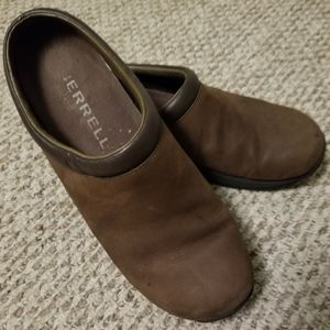 Sz 10 Merrell Brown  Leather Clogs